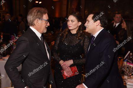 Steven Spielberg, Mai-Linh Lofgren, Michael Stuhlbarg