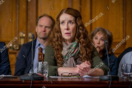 (Ep 4) - Adrian Rawlins as Dave Stanley, Phyllis Logan as Linda Hutchinson and Zoe Wanamaker as Gail Stanley