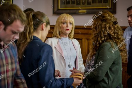 (Ep 4) - Chris Fountain as Ryan Hutchinson, Daisy Head as Ruby Hutchinson, Miranda Richardson as Sue Thackery and Phyllis Logan as Linda Hutchinson