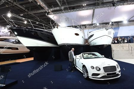 Bentley Stock Photos Editorial Images And Stock Pictures Shutterstock