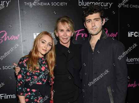 "AnnaSophia Robb, Trudie Styler, Ian Nelson. Actress AnnaSophia Robb, left, director Trudie Styler and actor Ian Nelson attend the premiere of ""Freak Show"" at Landmark Sunshine Cinema, in New York"