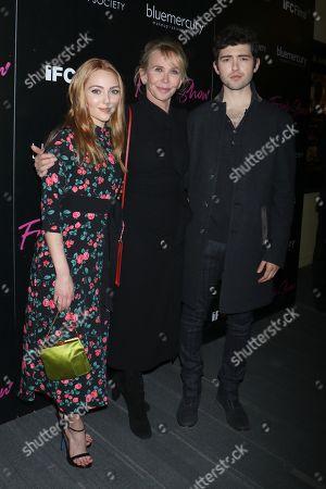 AnnaSophia Robb, Trudie Styler (Director) and Ian Nelson