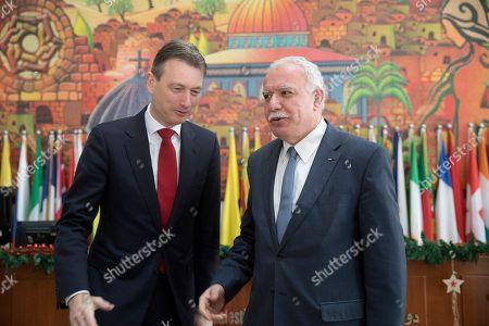 Halbe Zijlstra and Riyad al-Maliki