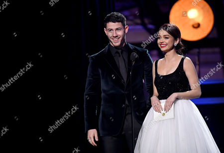 Nick Jonas and Sarah Hyland