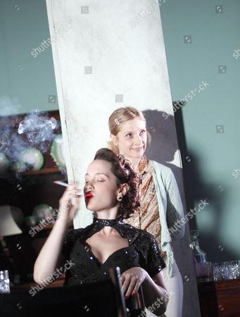 Scarlett Johnson (Mindy)   rear: Jane Horrocks (Lemon)