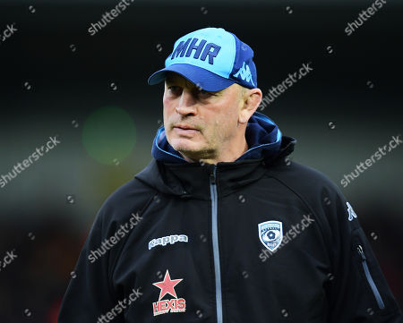Vern Cotter head coach of Montpellier looks on