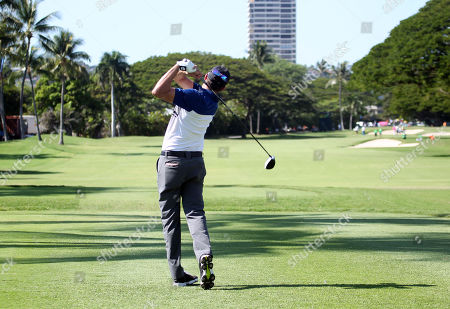 Ben Silverman tees off on the first hole during the second round of the 20th anniversary of the Sony Open at the Waialae Country Club in Honolulu, Hawaii - Michael Sullivan/CSM