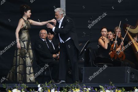 Placido Domingo and Ana Maria Martinez