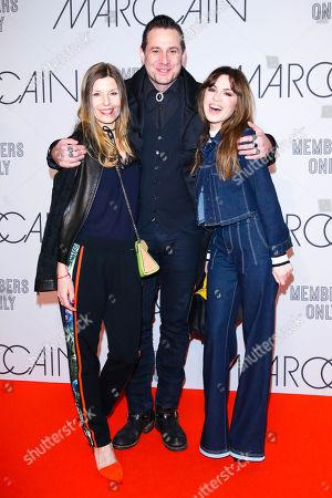Sascha Vollmer mit Partner Jenny and Natalia Avelon