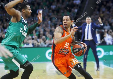 Brandon Davis (L) of Zalgiris Kaunas and Erick Green of Valencia Basket in action during basketball Euroleague match between Zalgiris Kaunas and Valencia Basket in Kaunas, Lithuania 18 January 2018.