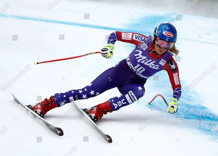 United States' Julia Mancuso speeds down the course during an alpine ski, women's World Cup downhill, in Cortina D'Ampezzo, Italy, Friday, Jan.19, 2018