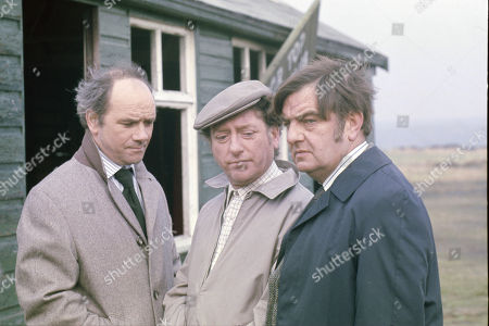 Richard Davies (as Clive), Ray Mort (as Ray), Bill Dean (as Jack)