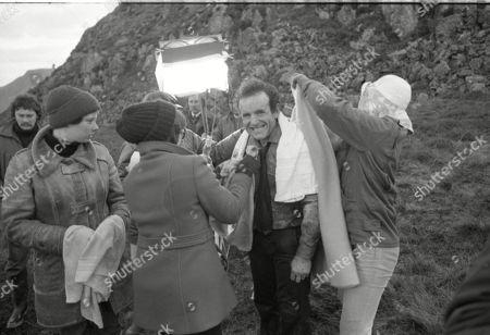 Location Shooting. Colin Blakely (as Lew Burnett)