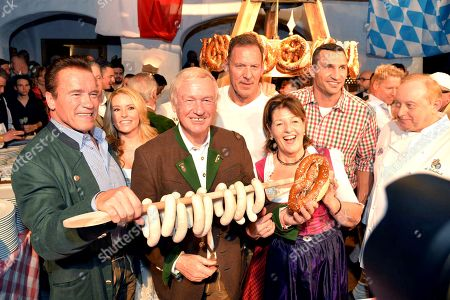 Arnold Schwarzenegger, Heather Milligan, Balthasar Hauser, Ralf Moeller, Magdalena Hauser, Wladimir Klitschko, Alfons Schuhbeck