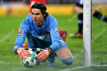 Moenchengladbach's goalkeeper Marvin Hitz in action
