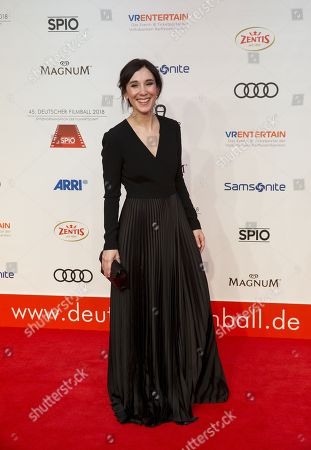 Sibel Kekilli arrives for the 45th German Film Ball at the Hotel Bayerischer Hof in Munich, Germany, 20 January 2018.