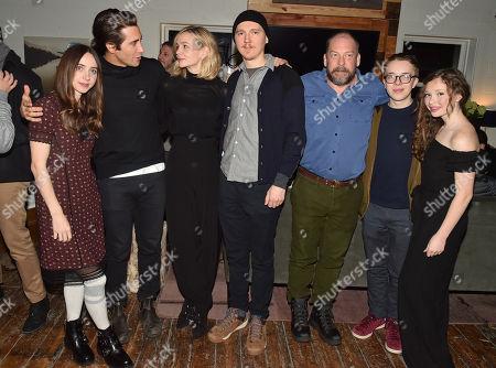 Zoe Kazan, Jake Gyllenhaal, Carey Mulligan, Paul Dano, Bill Camp, Ed Oxenbould and Zoe Margaret Colletti