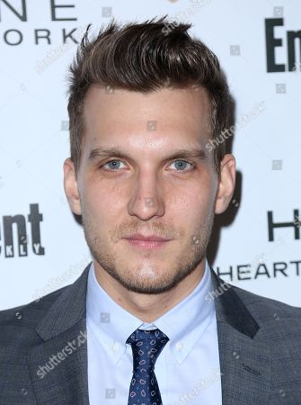 Scott Michael Foster arrives at the Entertainment Weekly Honors Nominees for the 24th Annual SAG Awards event at the Chateau Marmont Hotel, in Los Angeles