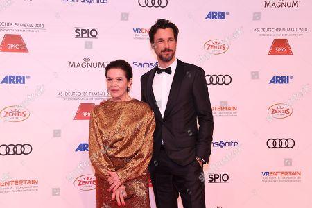 Hannelore Elsner and Florian David Fitz,