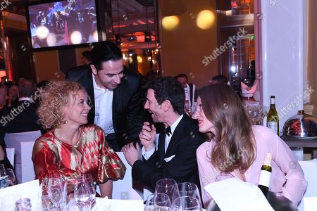 Katja Riemann, Buelent Ceylan, Oliver Berben mit Ehefrau,