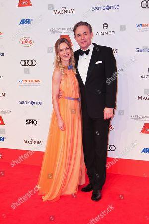 Stock Photo of Lisa Martinek mit Ehemann Giulio Ricciarelli,