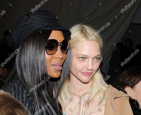 Naomi Campbell and Sasha Pivovarova