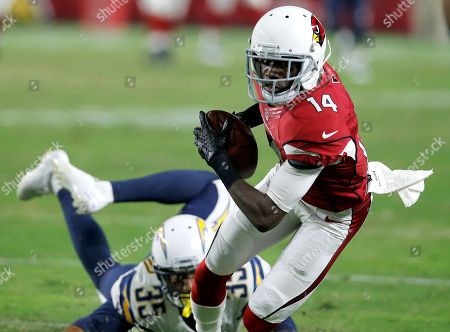 J.J. Nelson, Richard Crawford. Arizona Cardinals wide receiver J.J. Nelson (14) pulls in a pass as San Diego Chargers cornerback Richard Crawford (35) defends during the first half of an NFL preseason football game in Glendale, Ariz. Nelson, a fifth-round draft choice in 2015, has impressed in the organized team practices the Cardinals have had this month. That continued Tuesday, May 31, 2016 with a couple of fine over-the-shoulder grabs in coverage, plays which displayed Nelson's hands and speed