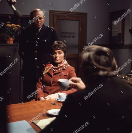 Percy Herbert, as Supt. Kellaway and Barbara Jefford, as Joyce Ramsdell