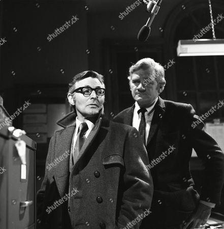 Percy Herbert, as Supt. Kellaway and Desmond Jordan, as James Ramsdell