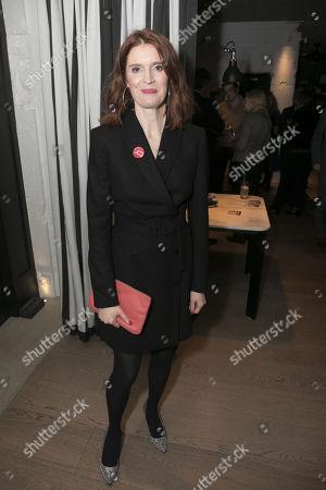 Justine Mitchell (Laura)