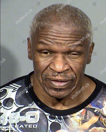 Foto proporcionado por el Clark County Detention Center muestra a Floyd Mayweather Sr., de 65 años, de Las Vegas
