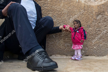 Editorial image of World's tallest man and shortest woman visit Egypt, Giza - 26 Jan 2018