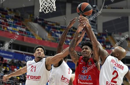 Will Clyburn (C) of CSKA Moscow in action against Ricky Hickman (R), Dorell Wright (2nd-L) and Augustine Rubit (L) of Brose Bamberg during the Euroleague basketball match between CSKA Moscow and Brose Bamberg in Moscow, Russia, 26 January 2018.