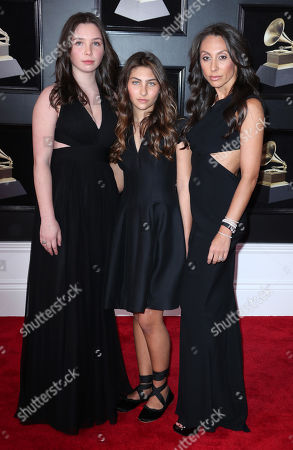 Vicky Karayiannis with daughters Toni and Lily