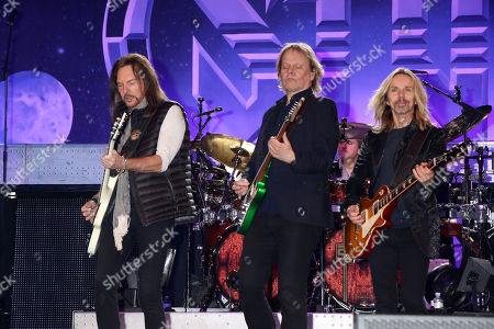 "Ricky Phillips, James ""JY"" Young, Tommy Shaw, Styx"