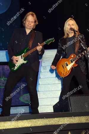 """James """"JY"""" Young, Tommy Shaw, Styx"""