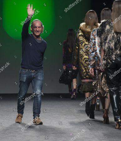 Spanish designer Custo Dalmau on the catwalk