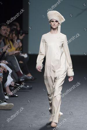 Daiane Conterato on the catwalk