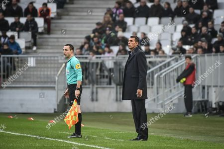 Girondins de Bordeaux coach Gustavo Poyet urinf the Girondins de Bordeaux versus Olympic Lyonnais ligue 1 football game in Bordeaux's Matmut Atlantique stadium.//AMEZUGO_132/Credit:UGO AMEZ/SIPA/1801282050