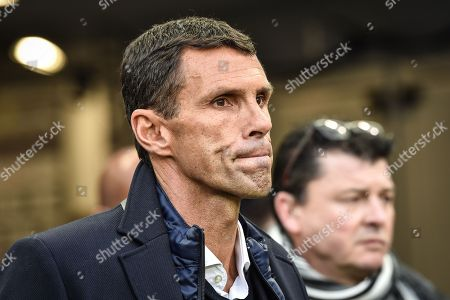 Girondins de Bordeaux coach Gustavo Poyet urinf the Girondins de Bordeaux versus Olympic Lyonnais ligue 1 football game in Bordeaux's Matmut Atlantique stadium.//AMEZUGO_075/Credit:UGO AMEZ/SIPA/1801282050