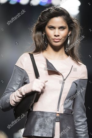 Stock Picture of Kelie Santos on the catwalk