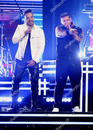 """Luis Fonsi, Daddy Yankee and Zuleyka Rivera perform """"Despacito"""" at the 60th annual Grammy Awards at Madison Square Garden, in New York"""