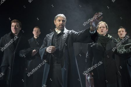 Centre Robert Cuccioli as Mayer Rothschild, Gary Trainor as Nathan