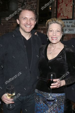 Stock Image of Marin Mazzie (R) and her husband Jason Danieley (L)