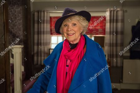 Ep 8068 Monday 12 February 2018  Getting off a tour bus a lady, Maisie, as played by Wendy Craig, determinedly heads for Mulberry Cottage. She tells Sandy Thomas she's there on behalf of her friend Betty Eagleton and gives him some gifts sent from Betty.