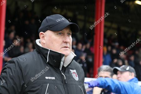 Russell Slade before the EFL Sky Bet League 2 match between Grimsby Town FC and Cheltenham Town at Blundell Park, Grimsby. Picture by Antony Thompson