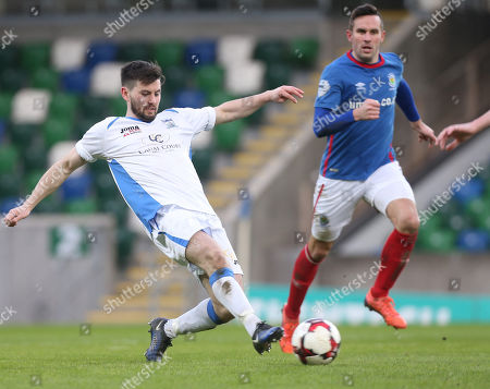 Linfield vs Newry City AFC. Linfield's Andy Waterworth in action with Newry's Darren King