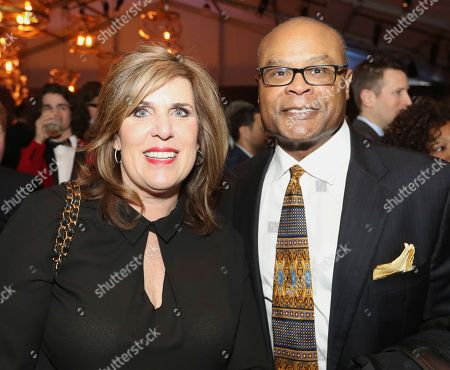 Mike Singletary, Kim Singletary. Former NFL player Mike Singletary, right, and Kim Singletary attend the 7th Annual NFL Honors at the Cyrus Northrop Memorial Auditorium, in Minneapolis, Minnesota