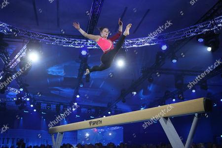 Pauline Schaefer on the beam