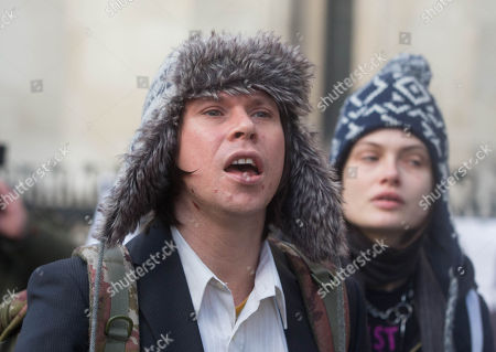 Lauri Love, convicted of computer hacking wins his appeal against his extradition to the USA. He was arrested for allegedly hacking into the US Central bank, NASA and the FBI